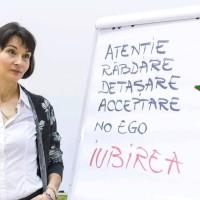 """Zoia Zărnescu: """"Dacă îți antrenezi atenția în acest fel, să vezi ca pe o realizare fiecare lucru pe care îl afli despre tine, merită să te bucuri, pentru că începi să strălucești cu fiecare descoperire"""""""